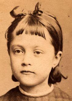 photographer: F.L. Schnitzel (c.a:1870-1882)