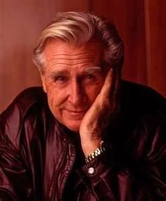 Lloyd Bridges (January 15, 1913 – March 10, 1998) was an American actor who starred in a number of television series and appeared in more than 150 feature films. Bridges is best known for his role of Mike Nelson in Sea Hunt, the most popular syndicated American TV series in 1958. Bridges died of natural causes at the age of 85.