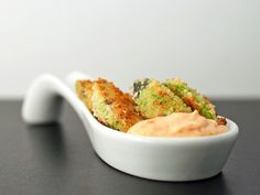 Avocado Fries with Spicy Roast Garlic Dip