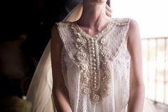 Un vestido de Alejandra Valero para una boda en el campo © DobleMirada Studio