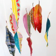 hello, Wonderful - DIY PAINTED NATURE LEAF MOBILE