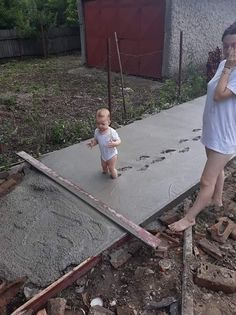 Kids Discover 15 Pics of Kids Whose Parents Dont Know Whether to Laugh or Cry Fail Blog, Funny Photos, Funny Images, Not Having Kids, Having A Bad Day, Clap Back, Kids Dress Up, 10 Picture, Jokes For Kids