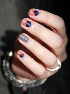 Just love this nail art.