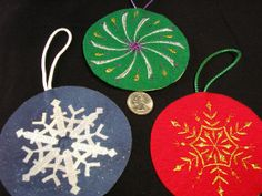Christmas Tree Ornament -  Embroidered Felt Set of 3 N3.  Great gift bag decorations to hand off handle!