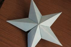 Okay, so a lot of you have been requesting instructions on the Star Tree Topper. So this evening I sat down, and not only took lots of pict. Diy Tree Topper, Christmas Tree Star Topper, Homemade Christmas Tree, Christmas Tree Tops, Star Tree Topper, Tree Toppers, Christmas Crafts, Christmas Ideas, Xmas
