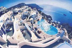 Santorini, Grecia  Mi primer viaje a Europa sera a este lugar !!