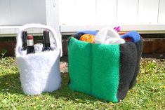 Ravelry: Wine or yarn bag pattern by Julie Berg Yarn Bag, Big Bags, Chrochet, Crochet Hooks, Ravelry, Wine, Pattern, Design, Threading