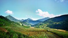 #Amazing #mountainous view. (#Lao Cai - Vietnam)  http://www.exoticvoyages.com/vietnam/tours/northwest-vietnam-adventure