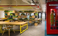 The Wave Coworking Offices – Breakout Spaces, Hong Kong