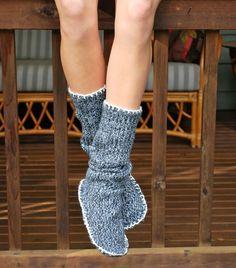 Теплые домашние тапочки своими руками из свитера — HD INTERIOR
