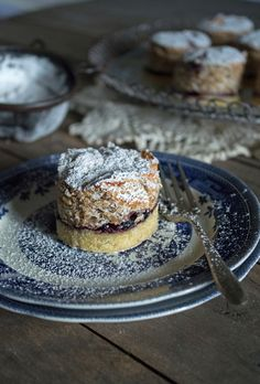 Layers of chestnut meringue, sweet jam and soft pastry base make this zora kolač a delicious treat. Yummy Treats, Delicious Desserts, Sweet Treats, Yummy Food, Sweet Recipes, Cake Recipes, Dessert Recipes, Eclairs, Croation Recipes