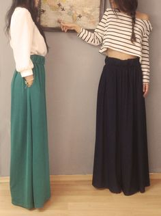 Maxi skirt with off the shoulder crop top sweater Modest Winter Outfits, Church Outfits, Modest Fashion, Hijab Fashion, Fashion Beauty, Spring Summer Fashion, Autumn Winter Fashion, Types Of Fashion Styles, Style Guides