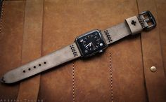 Handmade Leather Strap Classic Brown BF08a-D3 incl. Lugs Adapter for Apple Watch (or Apple Watch Sport/Space Gray) 42mm or 38mm
