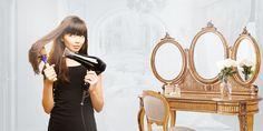 Выбираем фен в интернет магазине, для красивой укладки волос  Не всегда девушка может позволить себе посетить салон красоты и для того, чтоб привести свою прическу в порядок, чаще всего используется фен.  Как же подобрать фен, подходящий по всем параметрам? Какой фен менее вреден для волос?  Читайте в нашей статье - http://newcod.ru/articles/vybiraem-fen-v-internet-magazine-dlja-krasivoj-ukladki-volos/