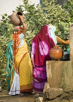 Neemrana women filling Water Pots , India