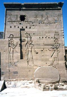 LE TEMPLE DE PHILAE EGYPTE  By Alain Chantelat