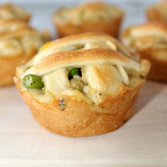We love chicken pot pie, but I have never tried making it myself. If you know me, not only do I love to make everything small and bite sized, I also only make super easy recipes. You truly know that if I successfully pulled off a recipe – you can too! These Mini Chicken Pot …