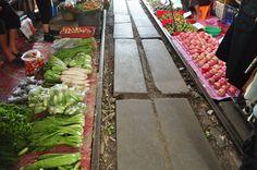 Locais Especiais: O Mercado de Maeklong