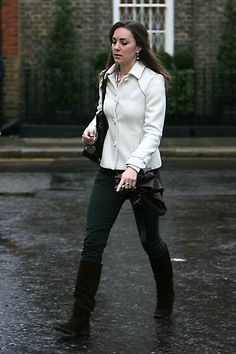 January 10, 2006  Critics' Pick   Where: Walking to work in London.Label   Season   Model:   Photo: Christie Goodwin/Getty Images   Related:   HitMiss % Agree View the Top 100
