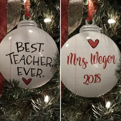 """Best Teacher Ornament, Personalized Teacher Gift, Teacher Ornament, Teacher Appreciation Gift This beautifully hand-drawn metal """"The Best Teacher Christmas"""" ornament features a sweet sentiment and amazing artwork on the front. Leaving the Teacher Wreaths, Teacher Ornaments, Button Ornaments, Teacher Christmas Gifts, Christmas Gift For You, Christmas Bulbs, Christmas 2019, Christmas Ideas, Christmas Crafts"""