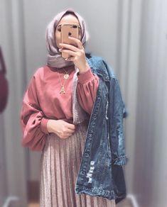 Hijab styles 741968107343309657 - Style korean girl hijab 23 best ideas Source by Modern Hijab Fashion, Street Hijab Fashion, Hijab Fashion Inspiration, Muslim Fashion, Modest Fashion, Fashion Outfits, Emo Fashion, Casual Hijab Outfit, Hijab Chic