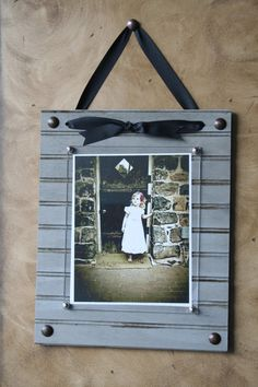 Beadboard picture frames. Available in horizonatl and vertical. Available in all sizes and colors