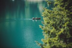 a visible sign of my own. - { afternoon on lake braies }