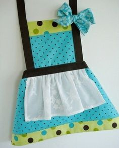 Child's Apron Pattern - Three Sizes