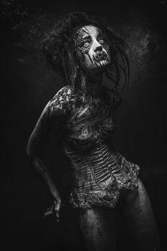 "mad-girl-asylum: "" Source. "" www.cathreenmisery.blog.hu Hungarian Goth/Rocker/Dark girl/24/Budapest/ Grotesk/Horror/Dark Mind/Morbid/Victorian/Elvont/Sötét /Writer/Drawing/Artist/ Kövess bármelyiken, ha szeretnél. Facebook..."