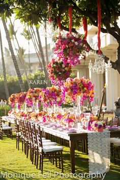 Hanging-floral-chandeliers-Maui