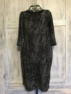 Lux and Luster Vintage Black and Grey Party by VintageNerdBoutique Grey Party Dresses, Vintage Clothing, Vintage Outfits, Luster, Vintage Black, Evening Dresses, Black And Grey, Dresses With Sleeves, Clothes