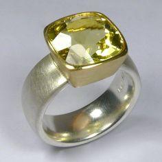Ring, Silber 925/-, Gold 750/-, Lemon-Citrin, antikform facettiert