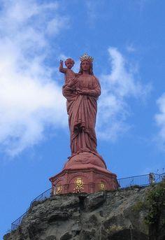 Blessed Mother Statue,  Notre-Dame de France © FMJRey