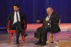 Uno contro tutti al Maurizio Costanzo Show. Fabrizio Corona litiga con Cecchi Paone