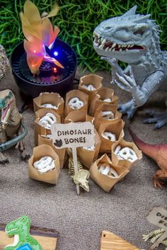 Loving these pretzel dinosaur bonas! See more party ideas at CatchMyParty.com