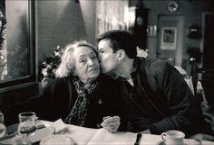 Marguerite Duras et Benoit Jacquot 1980 Marguerite Duras, Writers, Acting, Scene, Profile, Couple Photos, Movies, Pictures, House