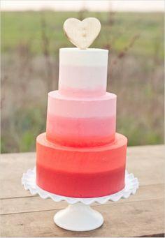 Valentines Wedding Theme - Heart Wedding Cake. http://memorablewedding.blogspot.com/2014/02/valentines-wedding-theme.html