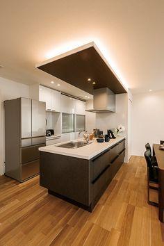 お気に入りの場所 Modern Kitchen Cabinets, Modern Kitchen Design, Interior Design Kitchen, Japanese Modern House, Japanese Kitchen, Industrial Style Kitchen, Kitchen Trends, Black Kitchens, Home Decor Kitchen