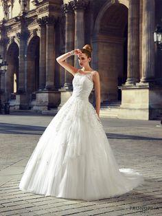 Dumas, collection de robes de mariée - Pronuptia