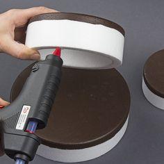 Anleitung: Styropor-Torte mit Schokoriegeln | Ideen mit Herz
