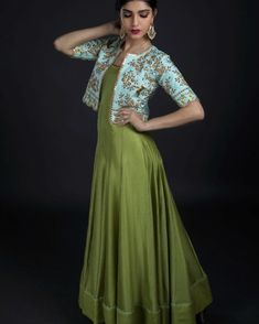 Anarkalis from Nallaz spring summer collection. Beautiful bottle green color floor length anarkali dress with ice blue color over coat. Over coat with floret lata design hand embroidery gold thread work. Long Gown Dress, The Dress, Kurta Designs Women, Blouse Designs, Indian Designer Outfits, Designer Dresses, Sari, Gown With Jacket, Indian Gowns Dresses