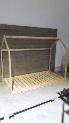 Rodas De Rolamento De Alta Qualidade Livre De Pé Casaco De Rack Com Prateleiras De Armazenamento De Porta De Entrada De Madeira De Bambu Buy Porta