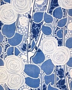 Wallpaper by Liberty & Co.  Duplex Printed Cotton, Brooksby, c.1910  © V Images/Victoria and Albert Museum, London