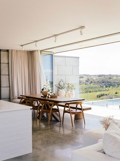 This stunning space is the creation of Melanie Sax (Interior Designer) and Fraser Horton (Architect). Plans Architecture, Interior Architecture, Interior And Exterior, Cultural Architecture, Style At Home, Home Design, Interior Styling, Interior Decorating, Design Scandinavian