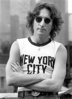 Legendary rock documentarian Bob Gruen unearths some forgotten gems from 1970s New York... http://www.we-heart.com/2014/10/17/bob-gruen-rock-seen-londonewcastle-project-space-london/