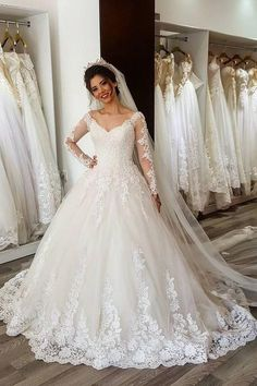 2019 Vestido de Noiva Ball Gown Wedding Dress Long Sleeves V Neck Lace Beaded Bride Dress Wedding Gown Trouwjurk Robe De Mariee Wedding Dress Necklines, V Neck Wedding Dress, Long Wedding Dresses, Long Sleeve Wedding, Perfect Wedding Dress, Bridal Dresses, Gown Wedding, Lace Wedding Dress Ballgown, Wedding Gowns With Sleeves Plus Size