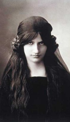 Jeanne Hébuterne (1898-1920, French), She met Modigliani while studying art at the Académie Colarossi in 1916.  For the next three years until his death in 1920 and her tragic suicide the following day, she would be his constant companion and muse, immortalized in a number of portraits.