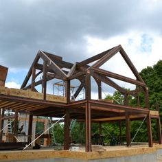 5 Tips that are imperative to know when building a post and beam home. #timberframe