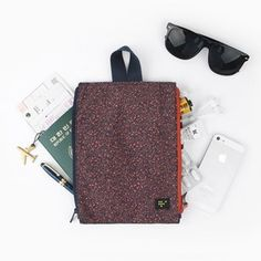 Learn more about the Weekade Dual Zipper Pouch!