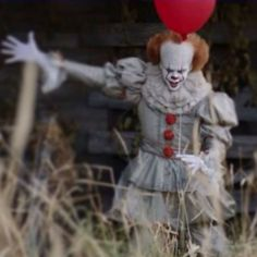 Stephen King's 'It' Was Remade, And The Trailer Has Horror Fans Very Scared. - http://www.lifebuzz.com/kings-it/